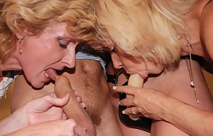 MILF Strapon Porn Pictures