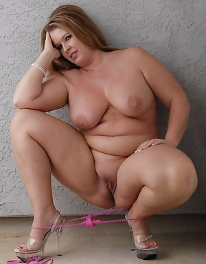 Chubby mom camel toe